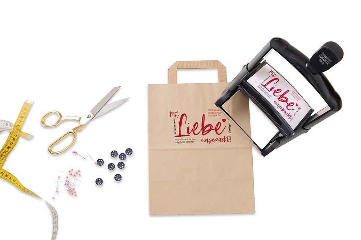 Trodat Stempel für das individuelle Bedrucken vpn Verpackungsmaterial aus Papier.